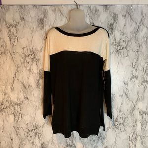NWT Vince Camuto Black White Crewneck Sweater C